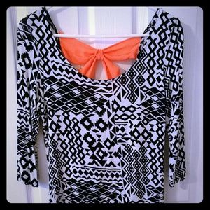 Tops - Black and white top with accent bow
